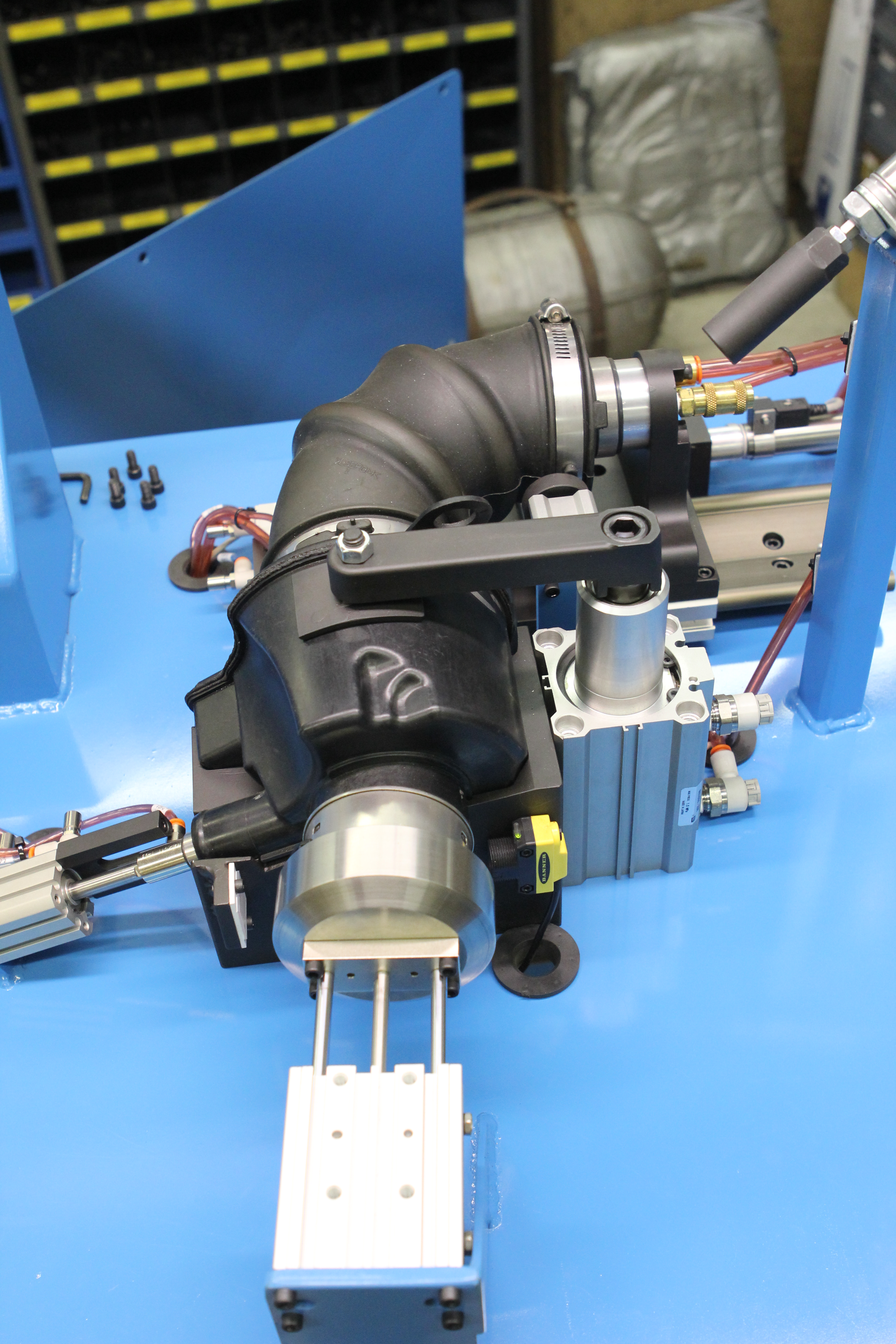 RUBBER AIR DUCT LEAK TEST VERIFICATION MACHINE